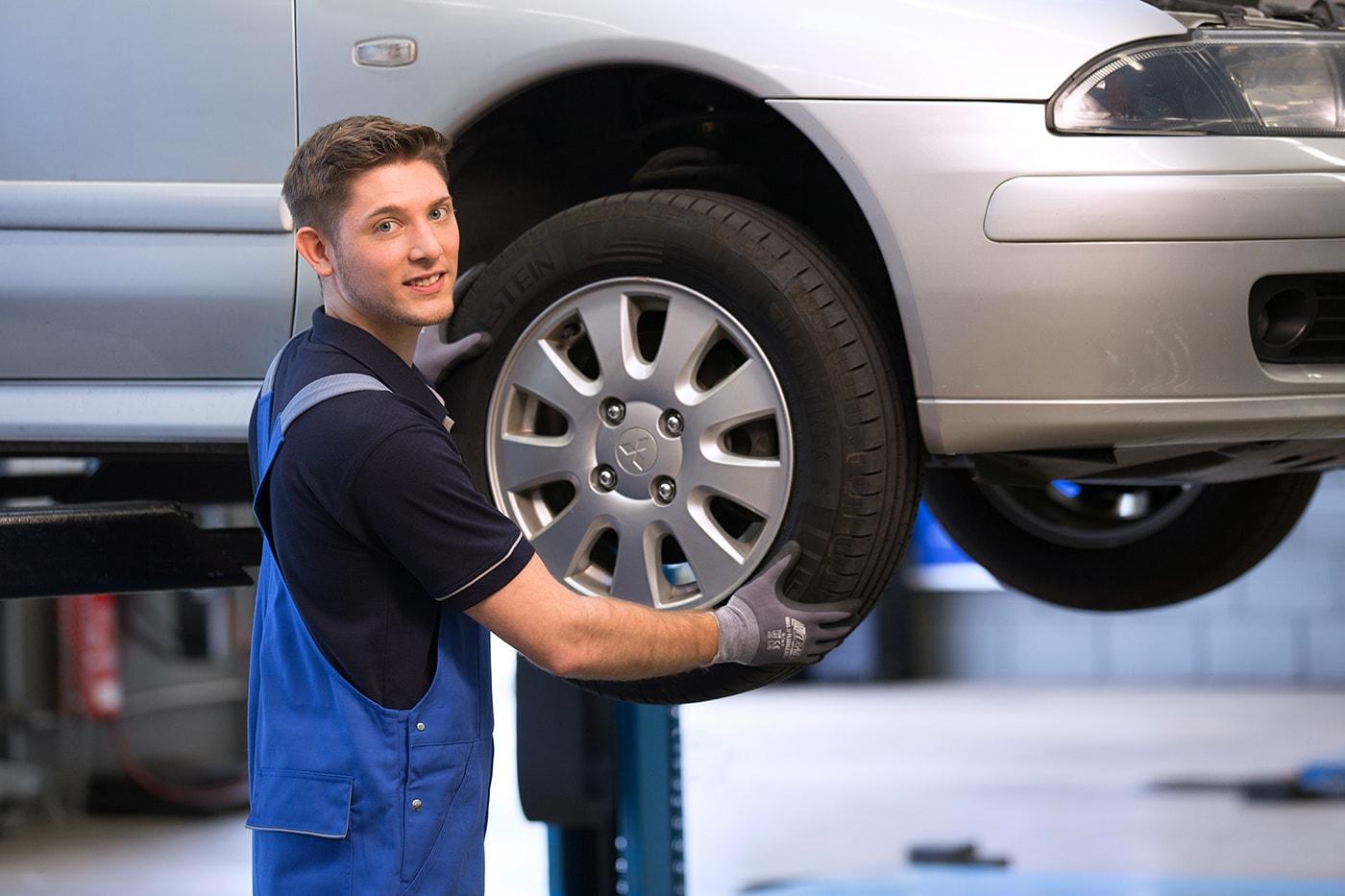 Ausbildung zum Mechaniker für Reifen- und Vulkanisationstechnik mit dem Schwerpunkt Reifen- und Fahrwerktechnik (m/w/d) für 2021 (865/MechRuV)